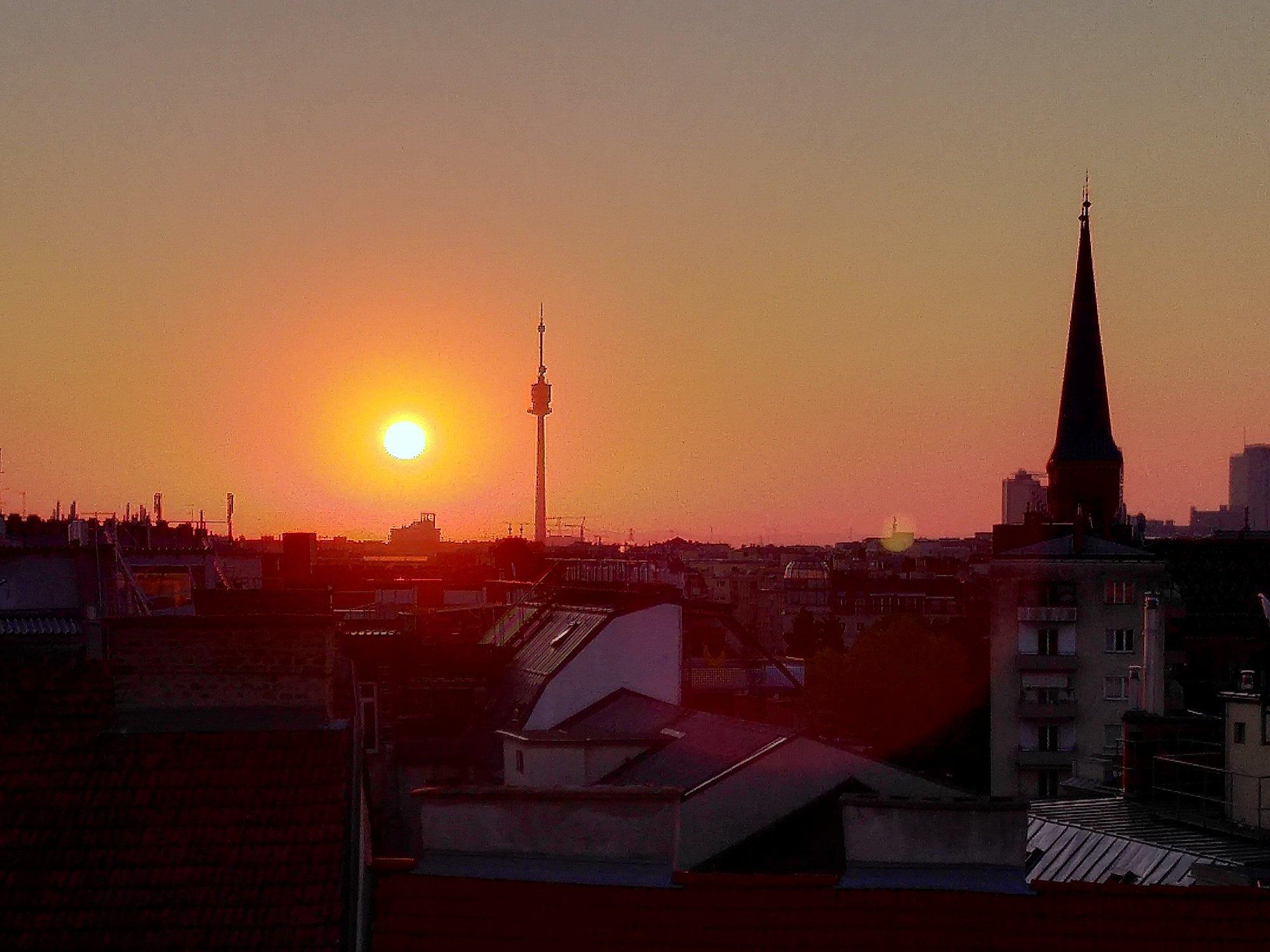 Sunrise over vienna